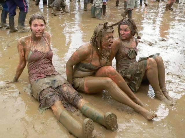 When Girls Have Fun (35 pics)