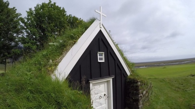 Abandoned Church In Iceland Built In 1789 (11 pics)