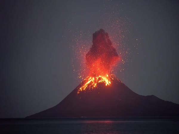Volcanic Eruption Is An Incredible Sight