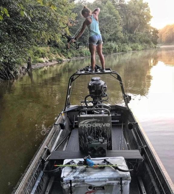 Hot Alabama Girl (17 pics)