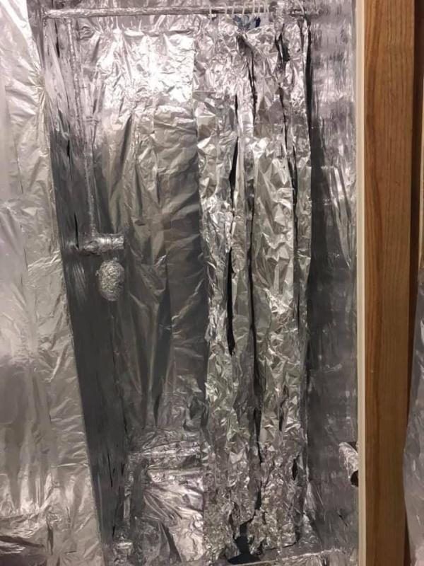 Foil Prank (6 pics)