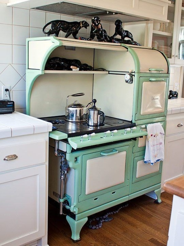 Old Style Kitchens (23 pics)