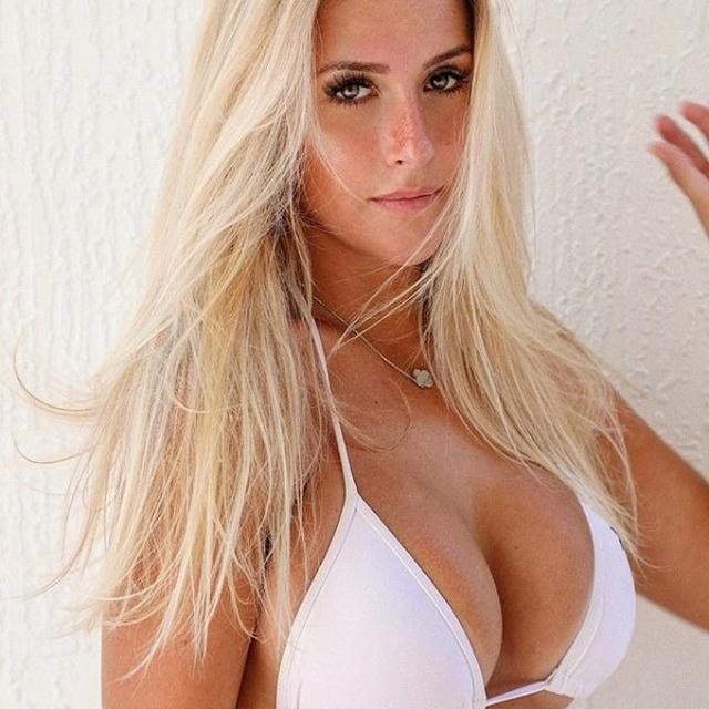 Hot Blondes (25 pics)