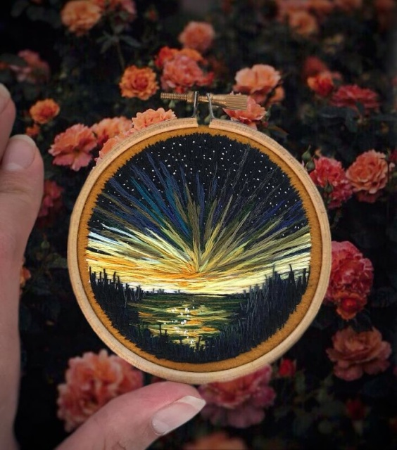Russian Artist Pushes Embroidery To Its Limits, Making It Look Like Paint (25 pics)