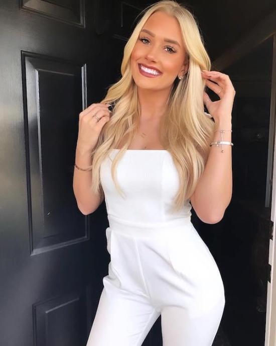 Cute Smiling Girls (28 pics)