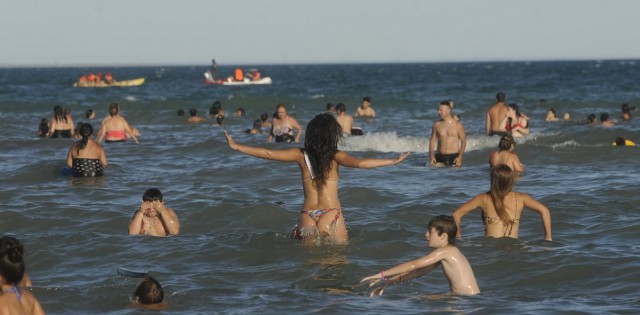 It's Summer in Argentina Now (13 pics)