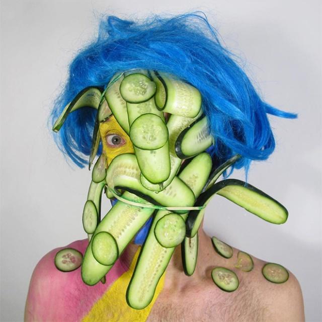 Very Strange Portraits (20 pics)