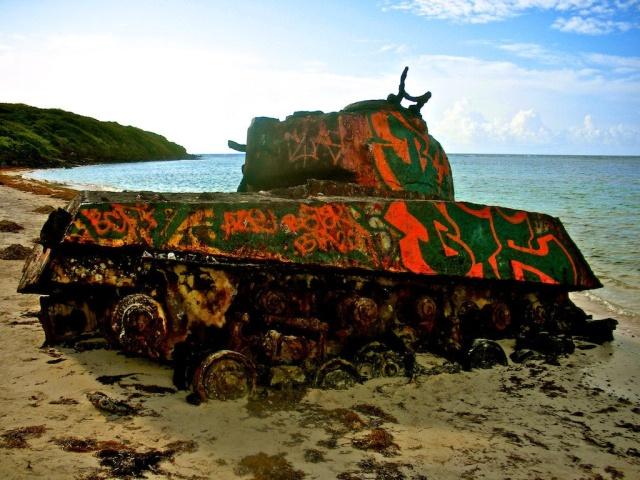 Painted Tanks At Flamenco Beach (Puerto Rico) (10 pics)