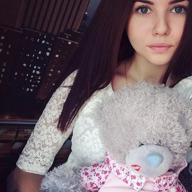 Cute Russian Girls (42 pics)