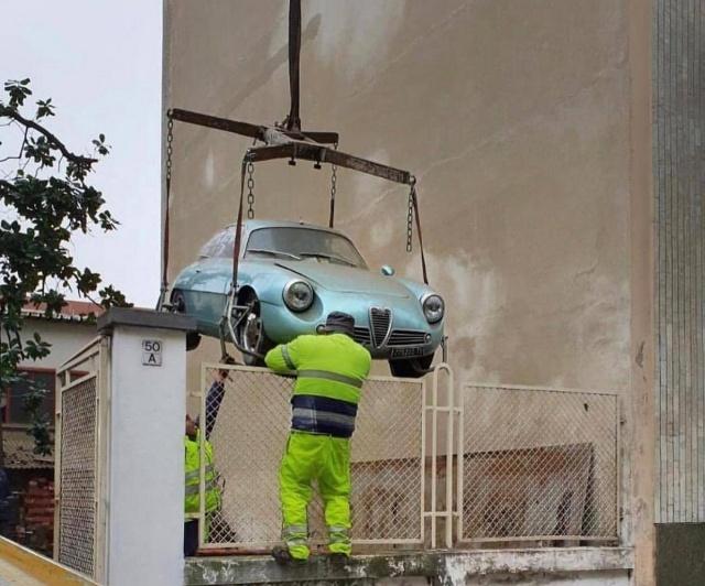 Alfa Romeo Giulietta Sprint Zagato Spent 35 Years In The Basement (11 pics)