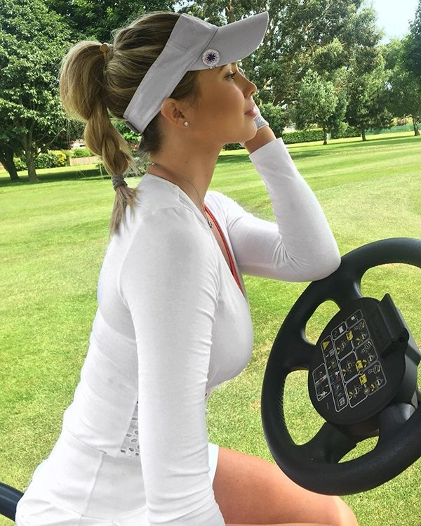 Sexy Golfer Lucy Robson (30 pics)