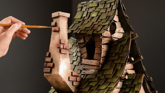 Witch House Made Out Of Cardboard Boxes (14 pics)
