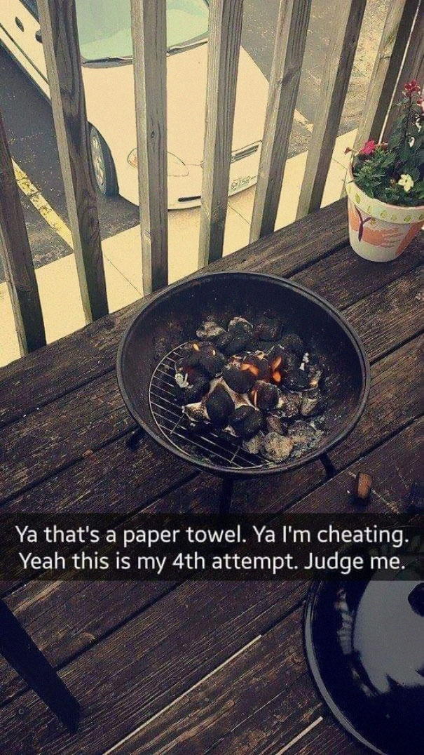 Woman Tries To Grill (17 pics)