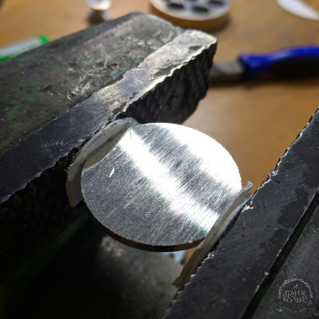 Ring Made Out Of A Norwegian Coin (9 pics)