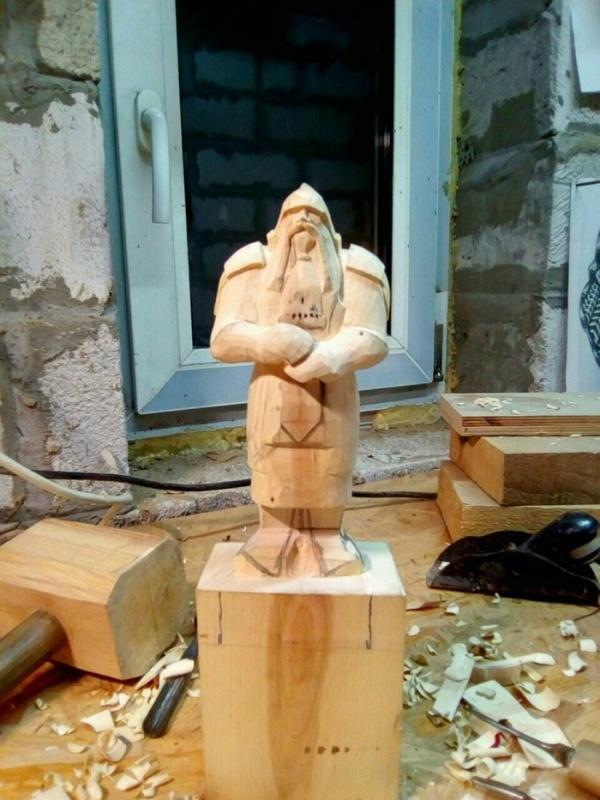 A Statue of A Dwarf (15 pics)