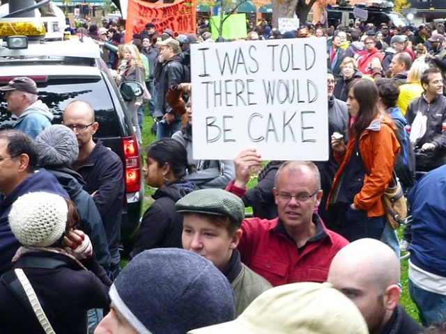 Hilariously Polite Protest Signs (15 pics)