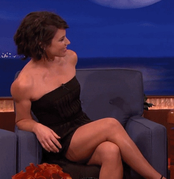 Cute Girl Evangeline Lily (18 gifs)