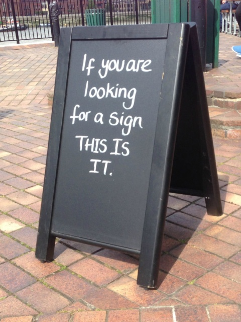 Smart Sidewalk Signs (20 pics)