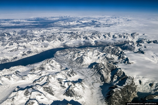 Beautiful Views From The Plane (55 pics)