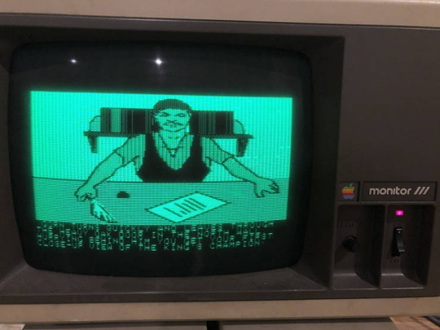 Man Finds His 35-Year-Old Computer With Games He Saved When He Was A Kid (22 pics)