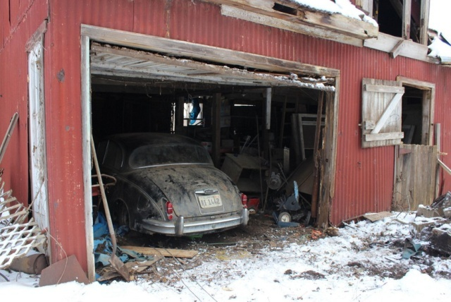 Man Buys A House, Finds A Unique Car In The Shed (19 pics)