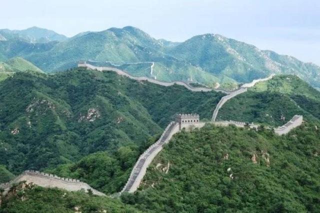 Secret Facts About Famous Landmarks (20 pics)