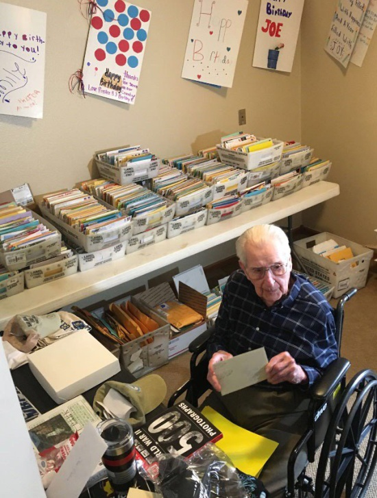 World War II Veteran Asks For 100 Birthday Cards (4 pics)