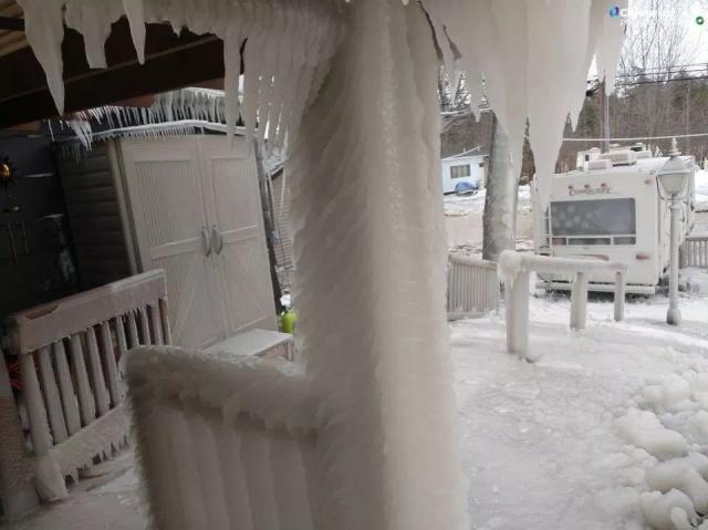 Ice Tsunami Aftermath (6 pics)