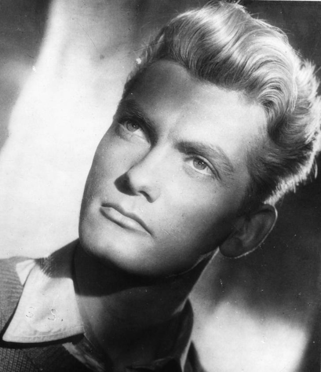 The Most Handsome Men Of The 20th Century (34 pics)