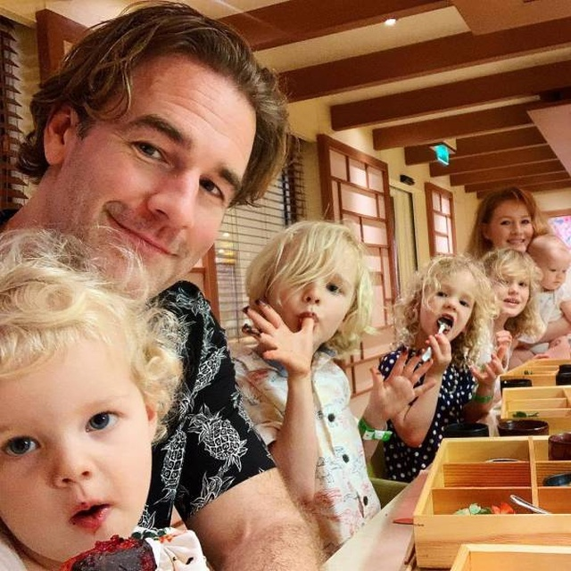 Celebrities Who Have A Lot Of Kids (21 pics)