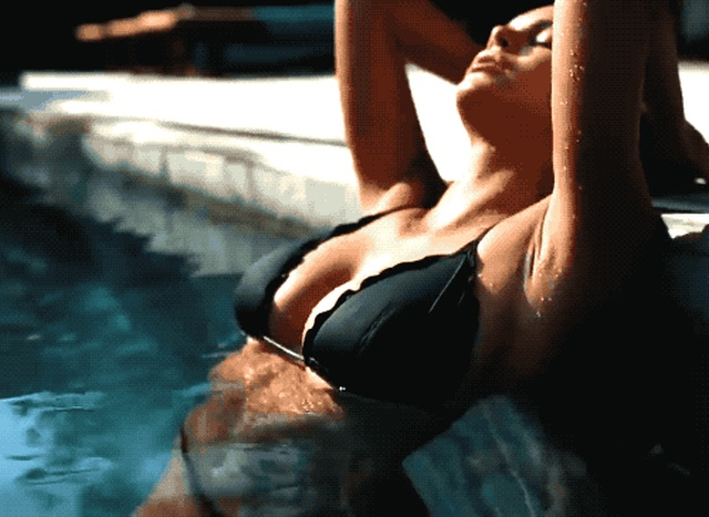 These GIFs Are Too Hot (15 gifs)