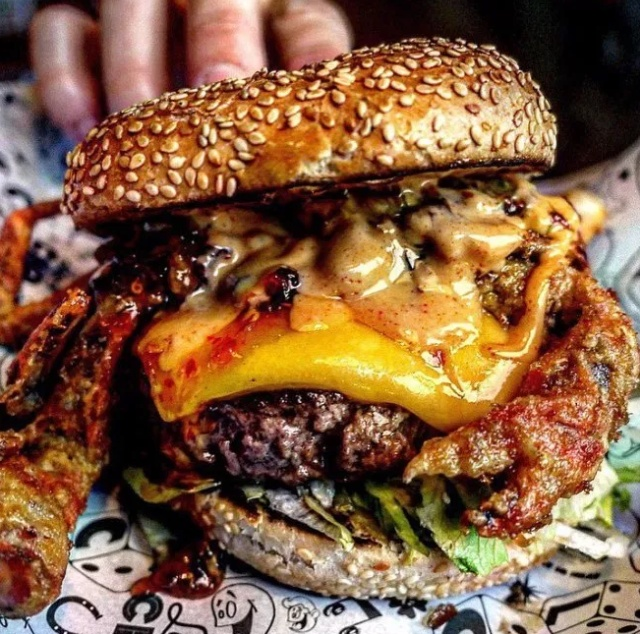 Yummy Burgers (26 pics)