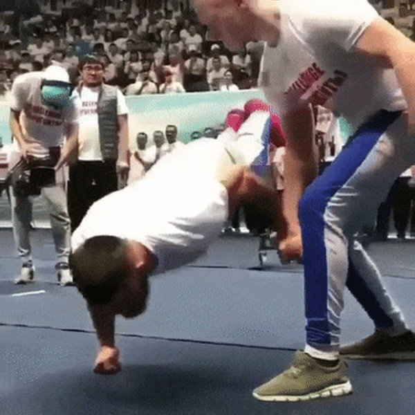 People Do Great Things (13 gifs)