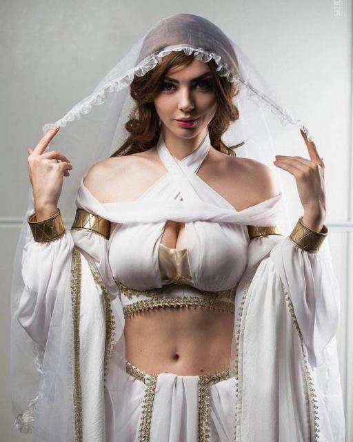 Sexy Cosplay Girls (32 pics)