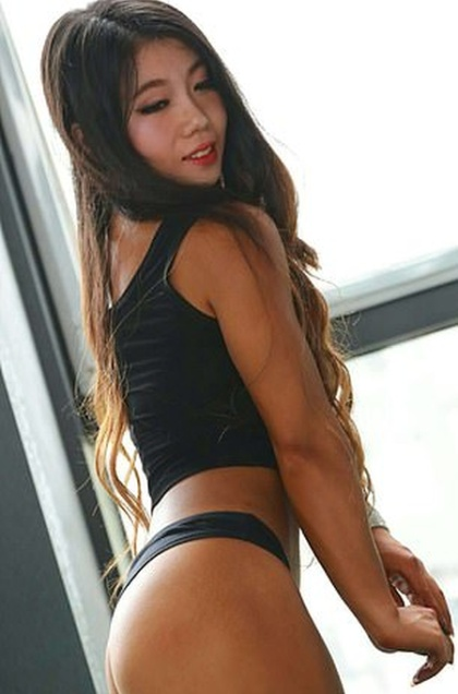 The King Kong Barbie, 21-Year-Old Doll-Faced Bodybuilder (9 pics)