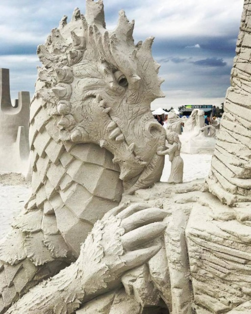 Awesome Sand Sculptures (26 pics)