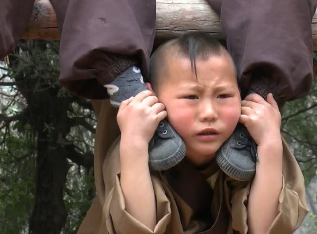 Six-year-old Shaolin Warrior Monks (10 pics)