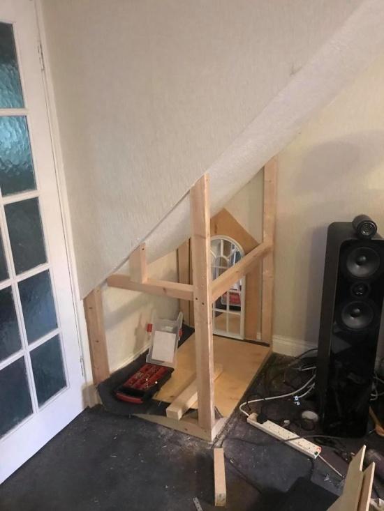 DIY Dog House (14 pics)