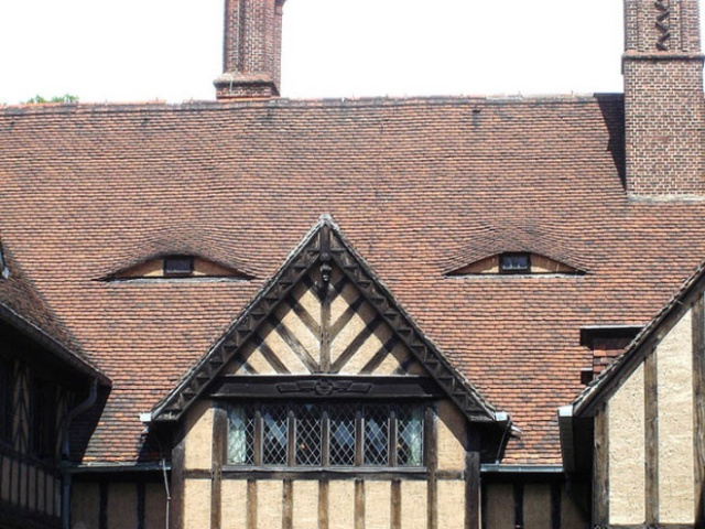 Do You Suffer From Pareidolia? Do You See Houses Or Faces? (20 pics)