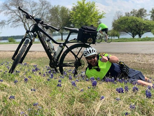 Texas Police In A New Bluebonnet Challenge (28 pics)