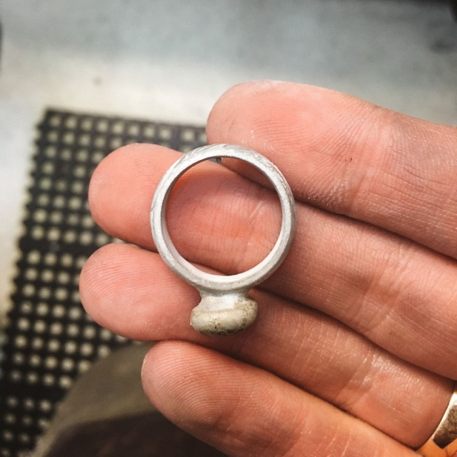 Man Brings A Completely Smashed Wedding Ring, And Asks To Remake It As Accurately As Possible (24 pics)