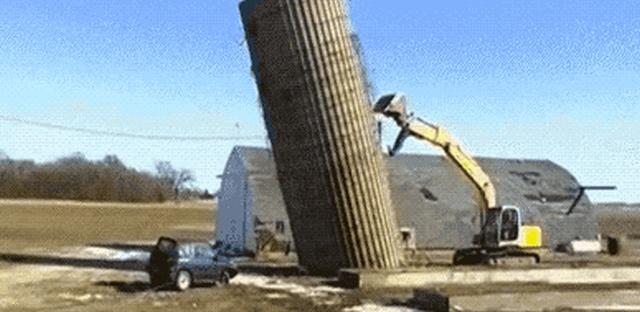 Construction Fails (25 gifs)