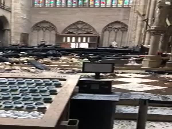 This Is What The Interior Of Notre Dame Looks Like Now