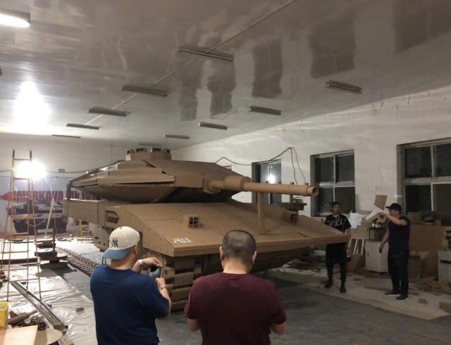 Cardboard Tank (16 pics)