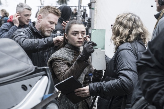 Game of Thrones Behind The Scenes (17 pics)
