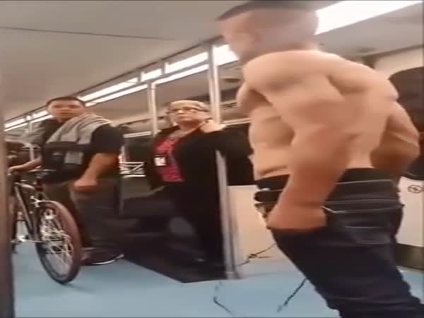 Shirtless Thug Gets Choked Out And Dominated Unexpectedly