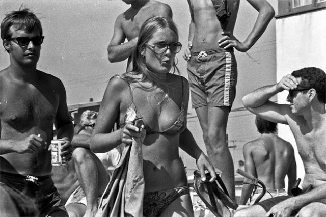 A Day At Mission Beach, California, August 1970 (29 pics)