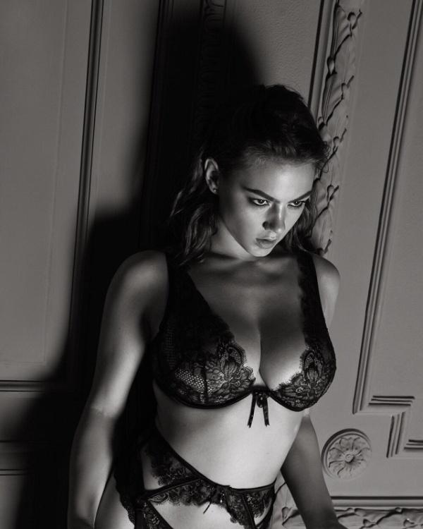 Russian Go-Go Dancer Polina Glen Could Be Johnny Depp's Next Wife (19 pics)