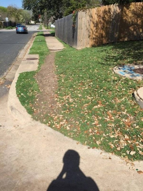 Desire Paths Show How Lazy And Practical People Are (22 pics)