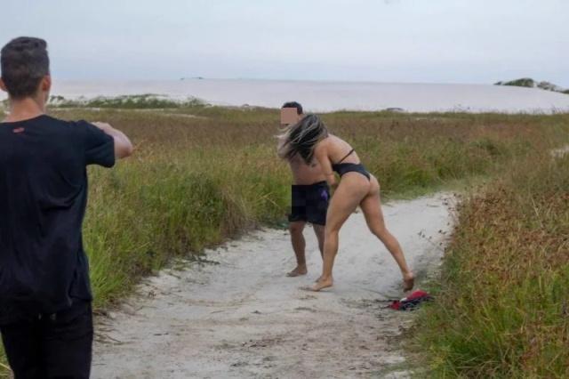 MMA Fighter Joyce Vieira Catches Jerk Off At Her Beach Photoshoot (7 pics)